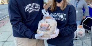 Housatonic Community College Offers Thanksgiving Dinner Drive-Through To Students
