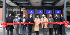 Gov. Lamont helps to officially open The Maritime Aquarium's new 4D Theater