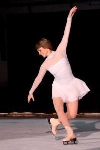 Dorothy Hamill and Michelle Kwan Join COVID-19 Benefit for Americares